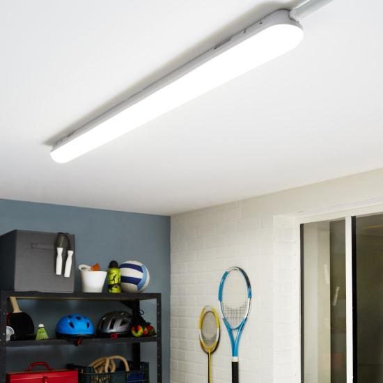 illuminazione specifica bagno cucina e garage leroy merlin. Black Bedroom Furniture Sets. Home Design Ideas