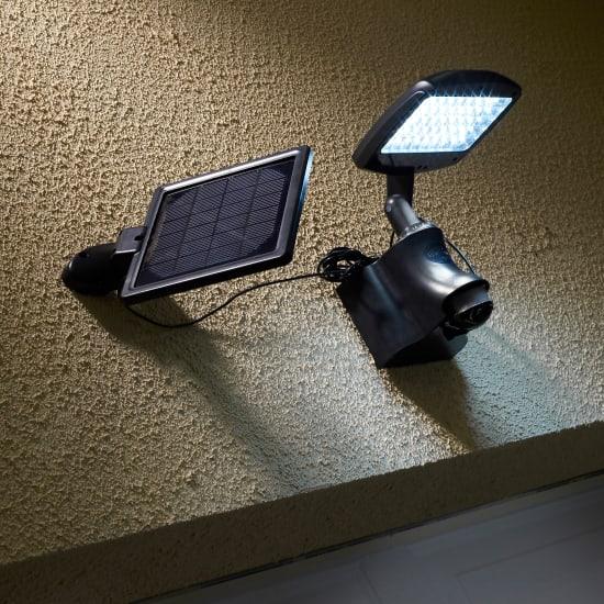 Illuminazione da esterno leroy merlin for Lampade solari da giardino leroy merlin