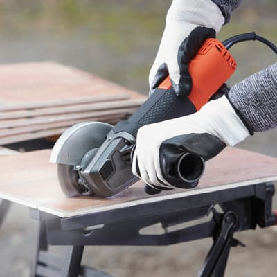 Smerigliatrice angolare Black & Decker BEG210-QS 900 W