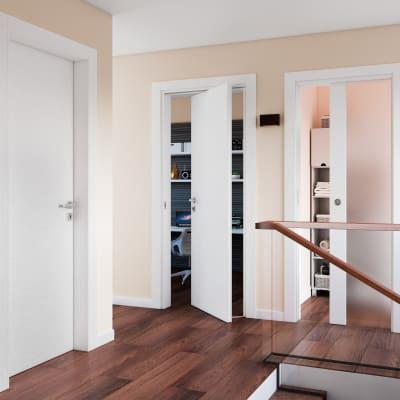 Porta da interno battente Plaza Vetro frassino bianco 60 x H 210 cm sx