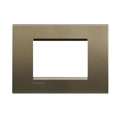 Placca BTICINO Living light 3 moduli square