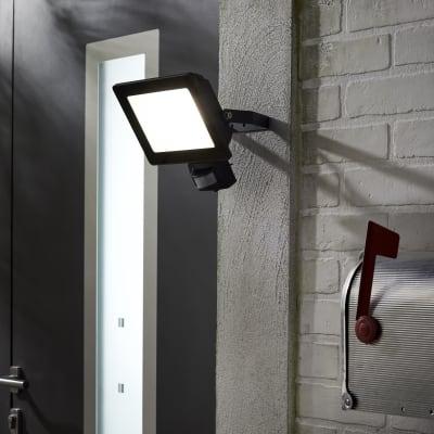 Proiettore LED integrato con sensore di movimento Yonkers in alluminio, antracite, 50W 4500LM IP44 INSPIRE
