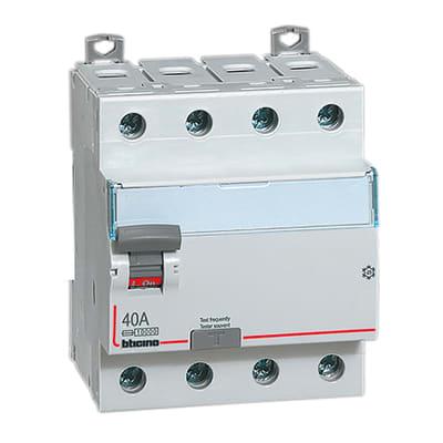 Interruttore differenziale puro BTICINO G743AC40 4 poli 40A 30mA AC 4 moduli 380V