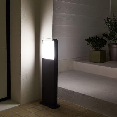 Palo della luce Hosford H65cm LED integrato in alluminio grigio 16W IP54 INSPIRE