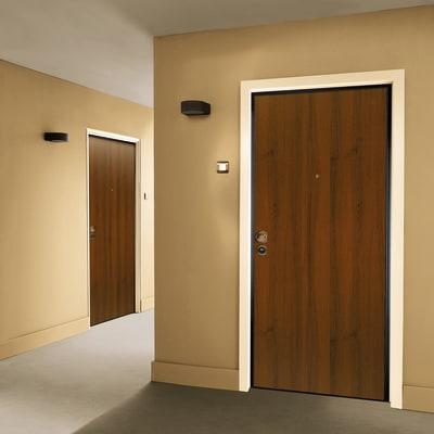 Porta blindata Maxima noce L 90 x H 210 cm destra