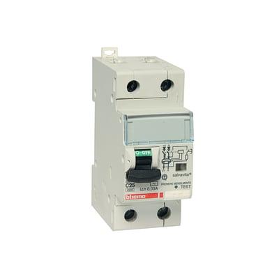 Interruttore magnetotermico differenziale GC8813AC25 4 poli 25 A