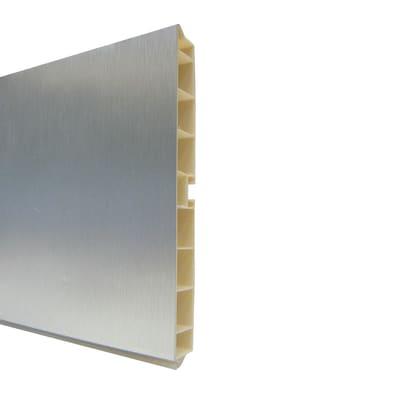 Zoccolino per mobile cucina in alluminio L 300 cm x H 150 mm, spessore 14 mmalluminio